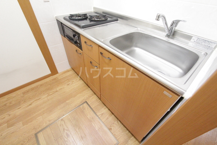 エバーハイツA 103号室のキッチン