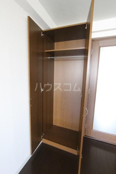 i-room丸山町 106号室の洗面所
