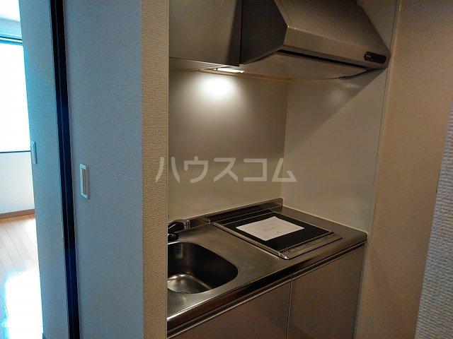 リブリ・エムール 204号室のキッチン