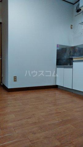 アルスコーポ 102号室のリビング