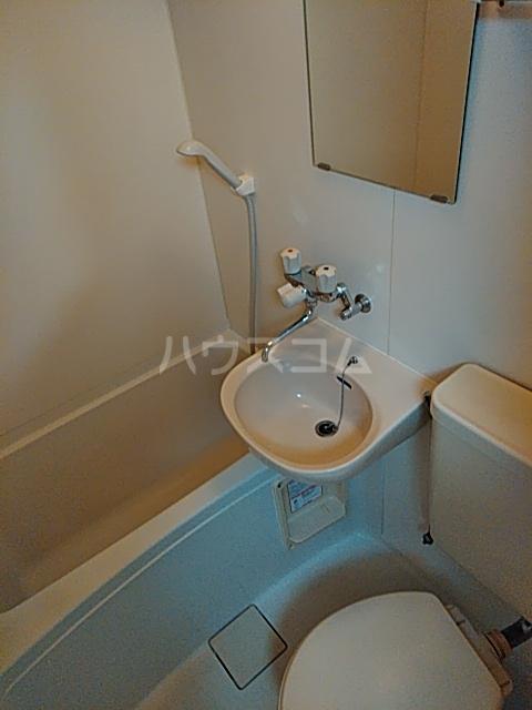 プチメゾンⅡ 212号室の風呂