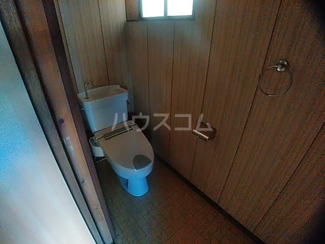 西大友町森下貸家のトイレ