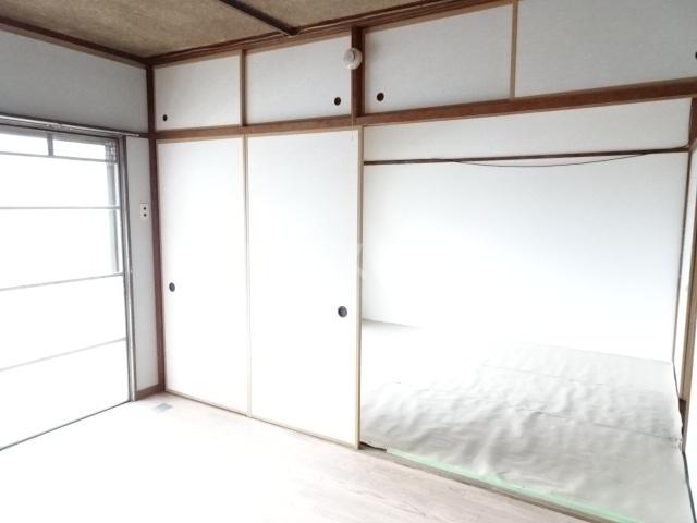 永覚コーポ 104号室のリビング