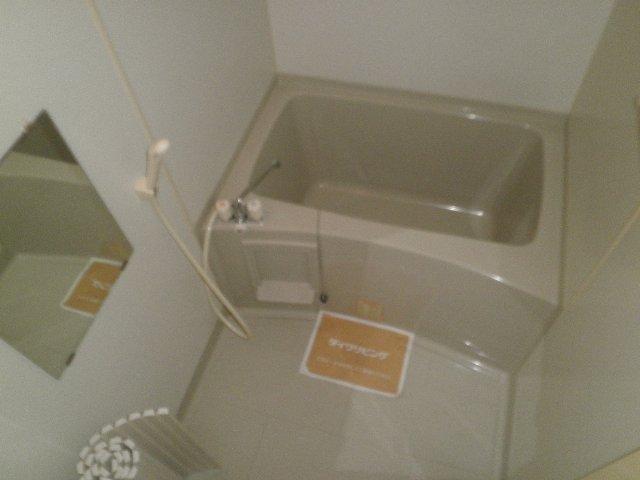 サザンクロス 105号室の風呂