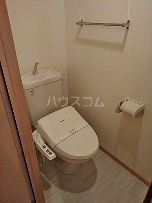 サザンクロス 105号室のトイレ