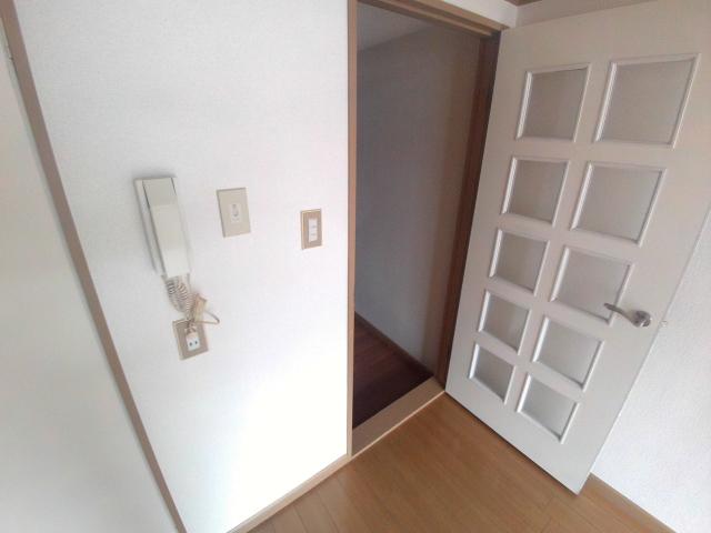 ジュネス芦谷 1-8号室のセキュリティ