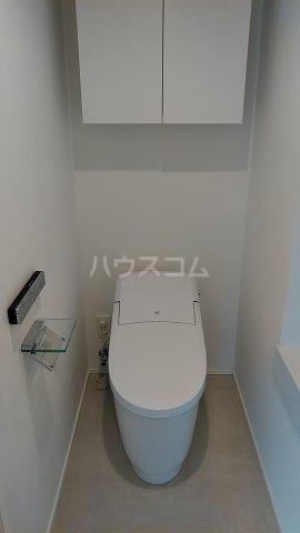 エスセナーリオ等々力 203号室のトイレ