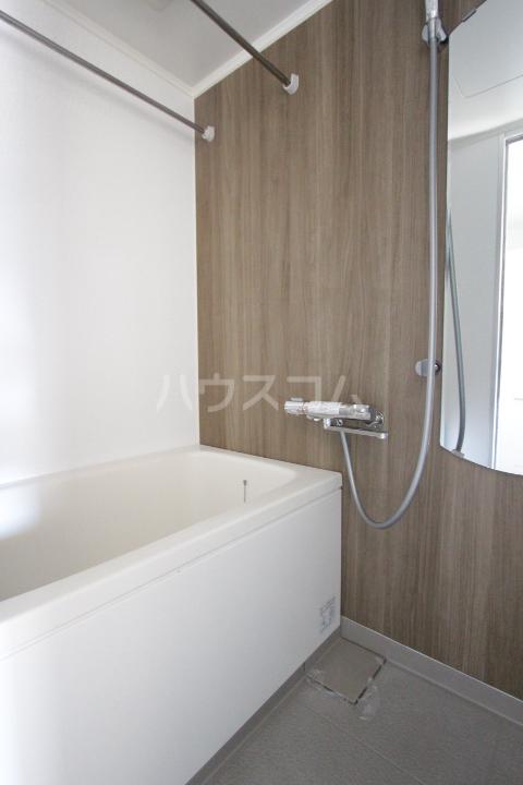 メゾンドエトワール12の風呂
