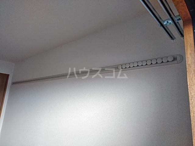 アルカディアタウン 303号室の居室