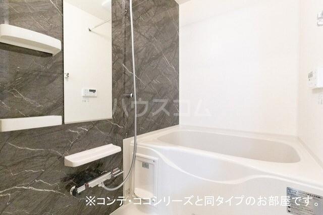 フォレスト 横須賀 01010号室の風呂