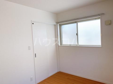 ASUKA 205号室のベッドルーム