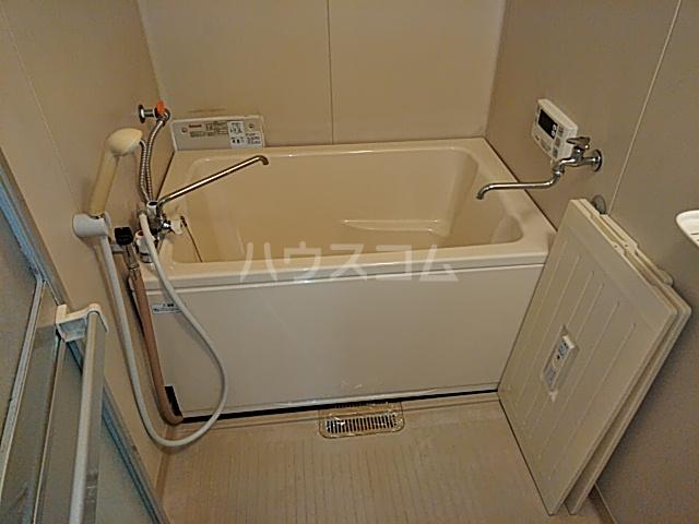 レジダンスカルム 201号室の風呂