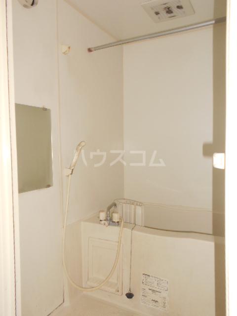 ボン・ヴォヤージュB 103号室の風呂