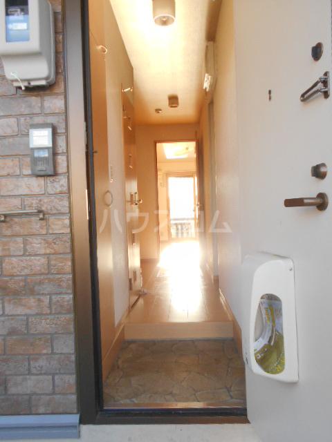 ボン・ヴォヤージュB 103号室の洗面所
