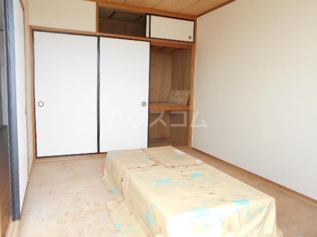 シャドロン 101号室の収納