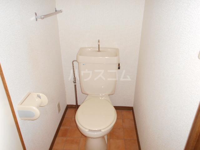 シャドロン 101号室のトイレ