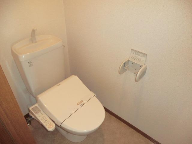 ジュネス美彩 102号室のトイレ