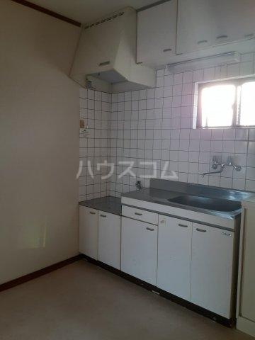 クリエール・サン 301号室のキッチン
