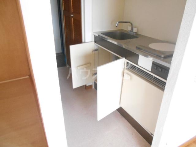 メゾンラフィット 403号室のキッチン