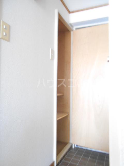 メゾンラフィット 403号室の玄関