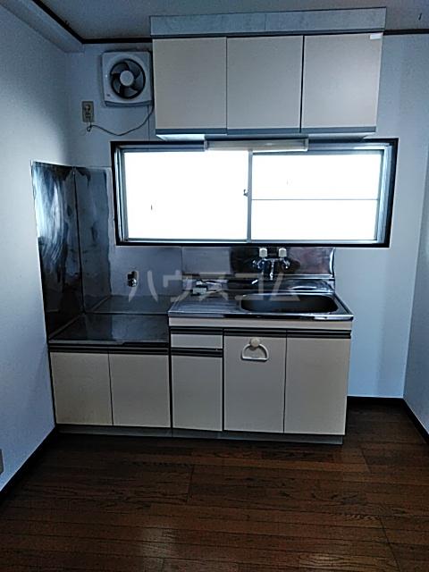忠生ハイツ 202号室のキッチン
