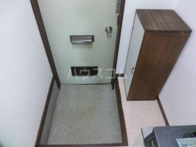 コーポ伊都 205号室の玄関