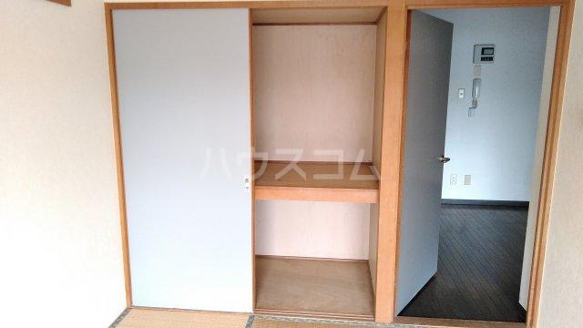 ヒヨシハイツ 303号室の収納