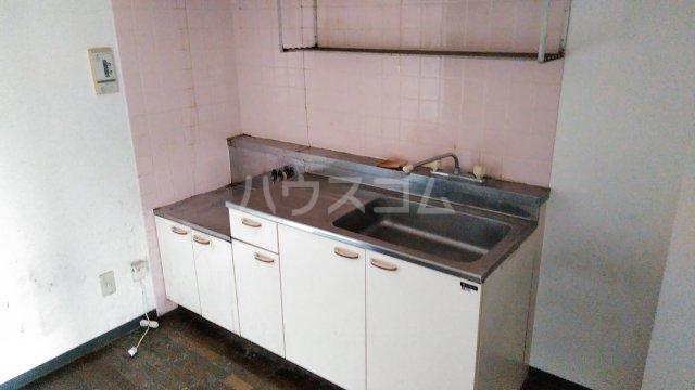 ヒヨシハイツ 404号室のキッチン