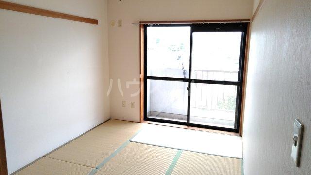 ヒヨシハイツ 404号室のベッドルーム