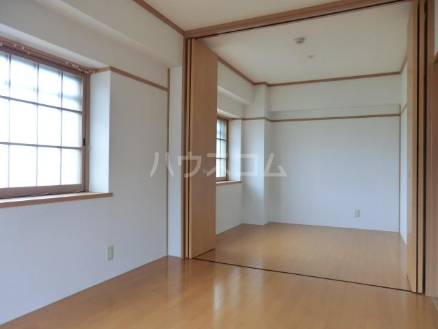築山コーポ 403号室のベッドルーム