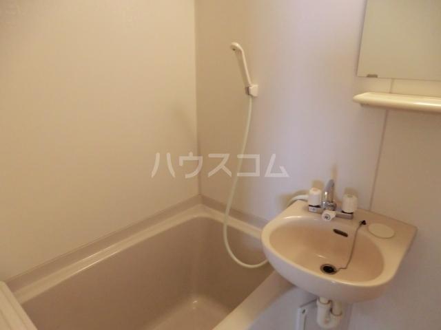 築山コーポ 403号室の風呂