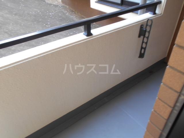 ウッドガーデン東戸塚A 101号室のバルコニー