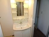 グレイス原宿 202号室の洗面所
