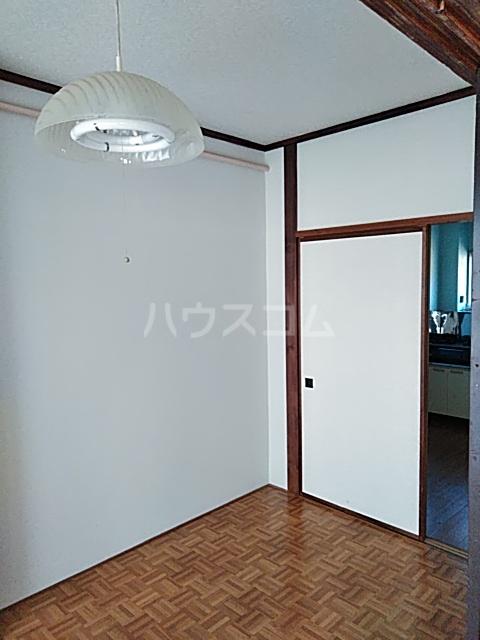 奥山ビル 302号室の居室