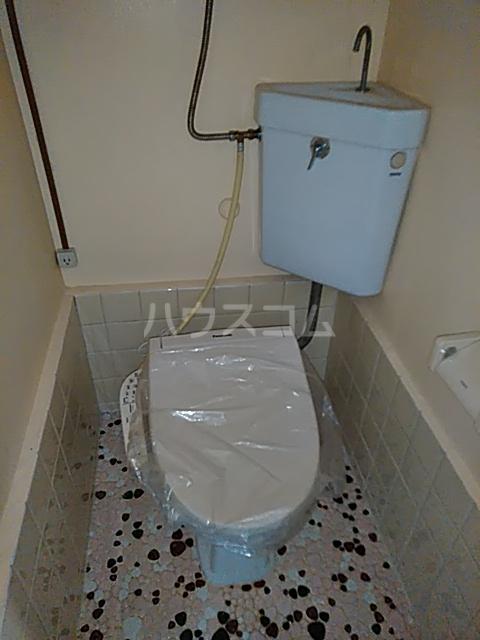 奥山ビル 303号室のトイレ