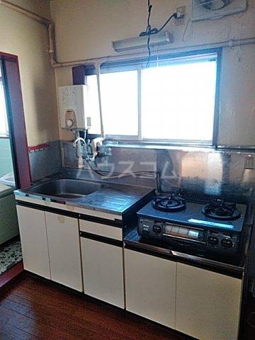 奥山ビル 403号室のキッチン