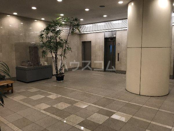 横浜ヘリオスタワー 1805号室のロビー