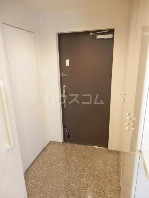 横浜ヘリオスタワー 1805号室の玄関