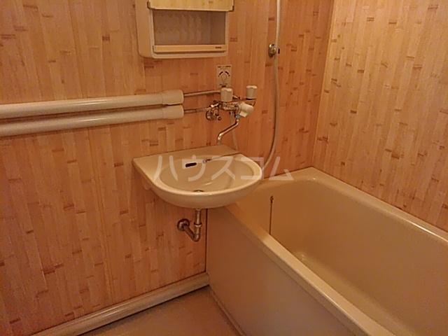 能見台ハイツ 406号室の風呂