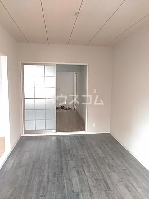 寺ノ上サニーコート8 202号室のリビング