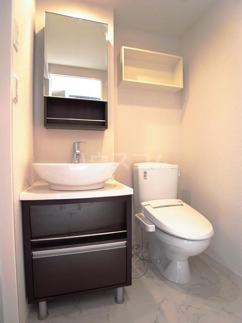 リブリ・パルテール 102号室の洗面所