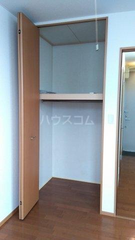 オメガパレス9丁目 203号室の収納