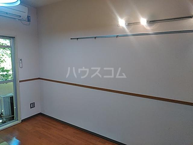 プロバンス 208号室のリビング