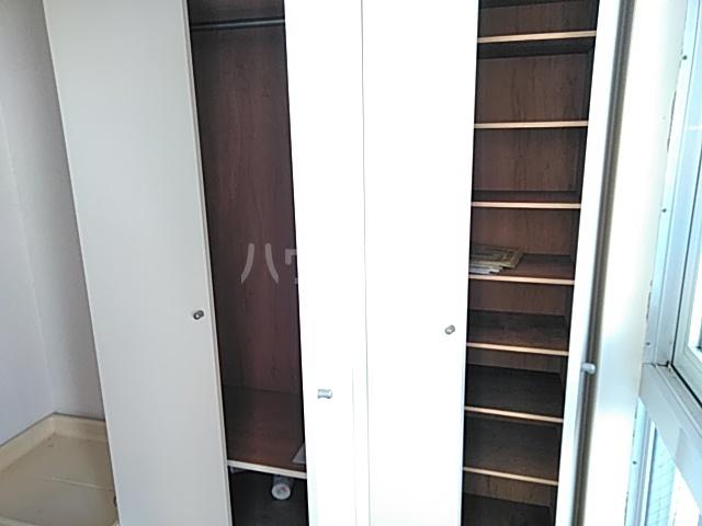 プロバンス 208号室の収納