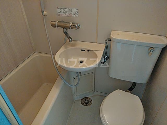 プロバンス 208号室の風呂