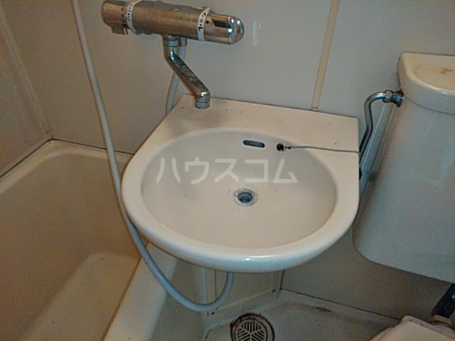 プロバンス 208号室の洗面所