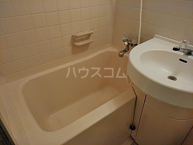 ベイハウス 202号室の風呂
