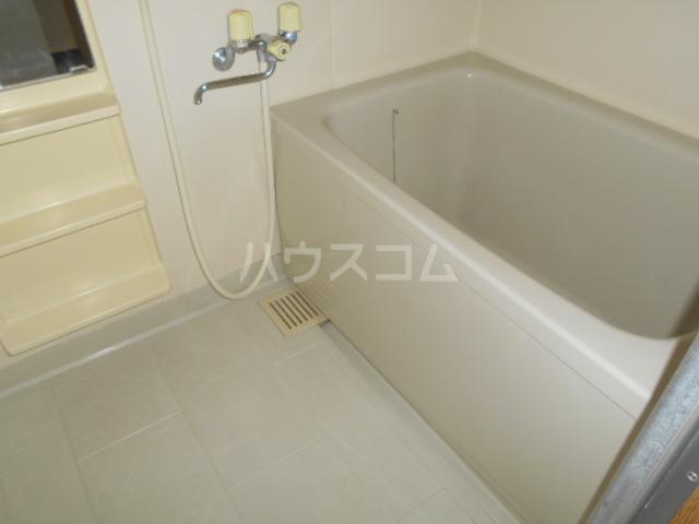 カトルズ中田Ⅱ 102号室の風呂