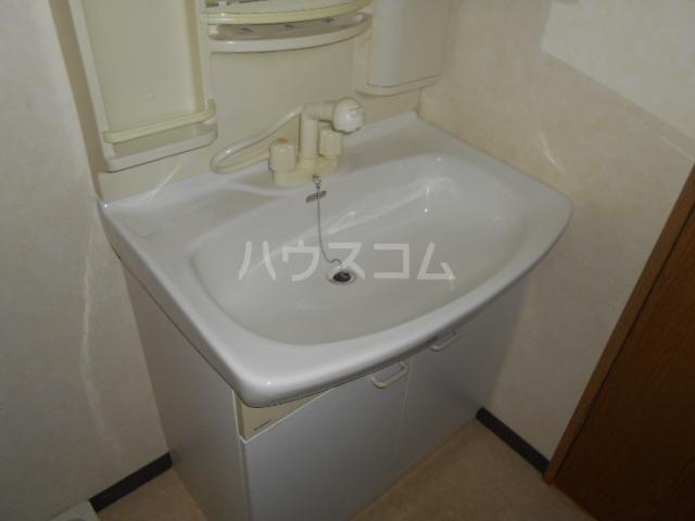 カトルズ中田Ⅱ 102号室の洗面所
