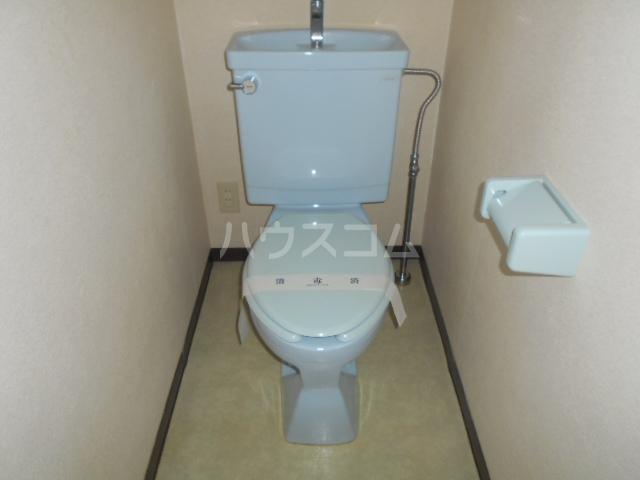 カトルズ中田Ⅱ 102号室のトイレ